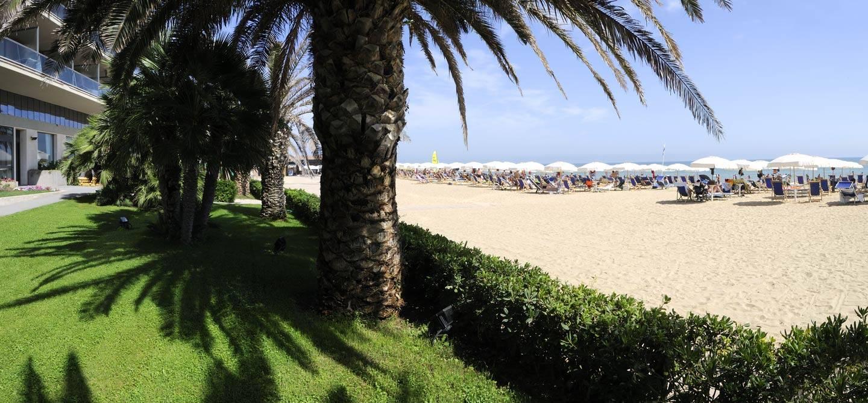 Offerta-vacanza-lunga-Hotel-Berti-1440x670